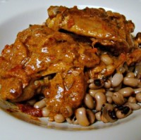 Paprika Chicken with Black Eyed Peas