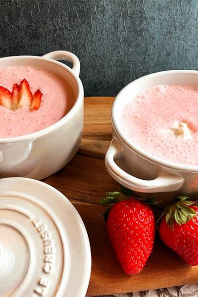 Chilled Strawberry Soup in bowls
