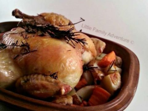 Roast Chicken and Vegetables in a Clay Pot An easy way to ensure juicy, delicious roast chicken every time. #recipe #chicken #realfood #cleaneating #paleo #glutenfree