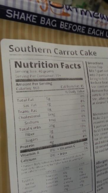 Southern Carrot Cake Oatmeal from MyOatmeal.com | All natural, custom made oatmeal blends | #oatmeal #myoatmeal.com #healthyoatmeal #oatmealrecipe #iifym #nonGMO