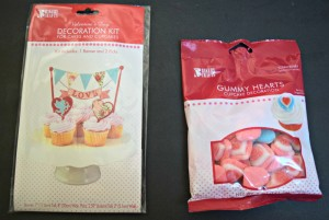 Apple Churro Cupcakes | Little Family Adventure