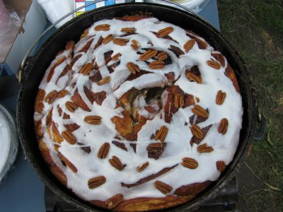 Dutch Oven Cinnamon Roll