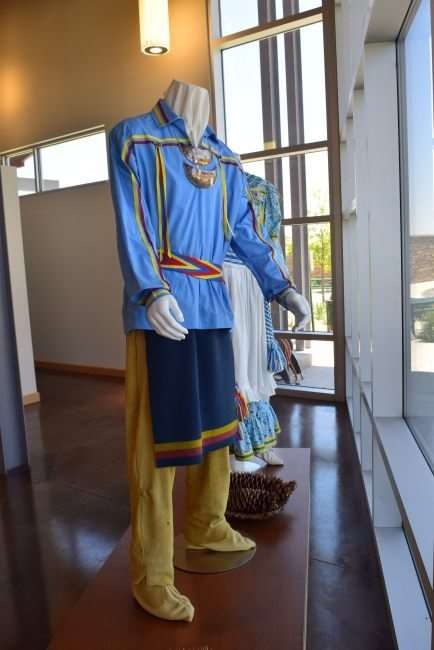 Traveling along I-35 between Dallas and Oklahoma City? Make a rest stop for Bedre Chocolate and the Chickasaw Nation Welcome Center in Davis, Oklahoma at mile marker 55. #adventureroad #chocolatefactory #travelfood #roadtrip