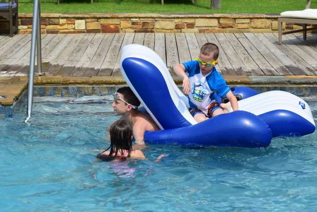 Getaway and Enjoy the Lake at Carlton Landing - a travel destination in Eastern Oklahoma at Lake Eufaula. It's complete with scenic views, luxurious amenities and a variety of activities that are sure to be a hit with the whole family.
