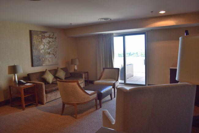hotel suite sitting rea
