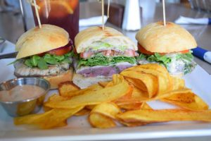 5 Family-Friendly Places in Dallas to enjoy and get out of the summer heat - Dive Coastal Cuisine is serving up fresh seafood, healthy dishes, and amazing flavors - Seared Ahi Tuna Sliders with house made plantain chips