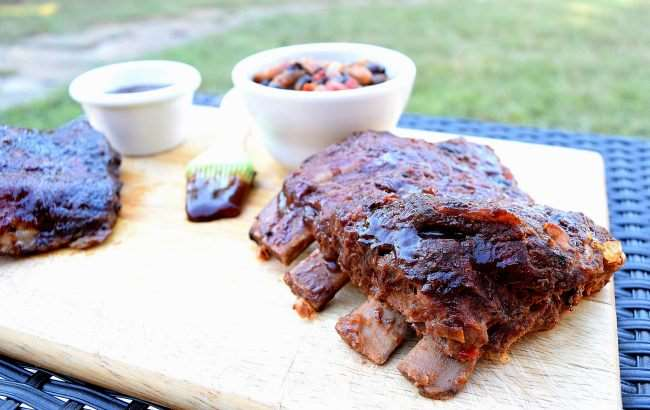 Barbecue Ribs and Beans