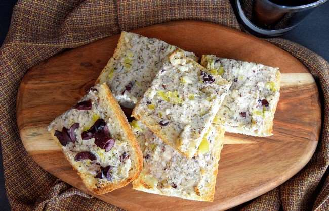Delicious Greek Bread with Kalamata Olives plus a secret ingredient - #MezzettaMemories #ad
