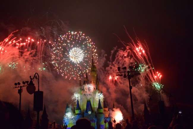 Mickey's Very Merry Christmas Party - Fireworks