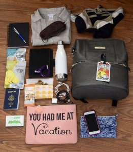 What's in My Travel Bag: Summer Carry On Essentials