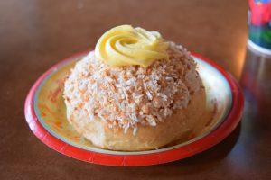 5 Must Try Snacks in Disney World - French Macaron at EPCOT's Norwegian Bakery , Kringle Bakeri Og Kafe