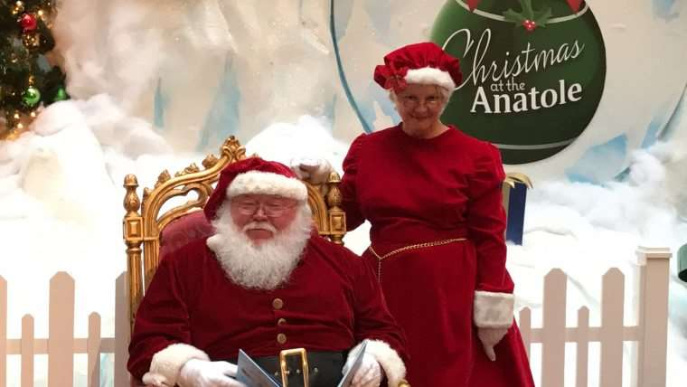 Fun Things to Do in Dallas (Holiday Edition) - Families should do the Breakfast With Santa Experience at the Hilton Anatole