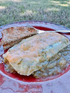 The Trick to the Perfect Omelet in a Bag is.... Find out how to create this easy breakfast recipe that is ideal for family camping trip meals, large gatherings, or at home.