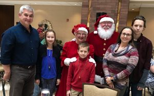 Christmas at the Hilton - Breakfast with Santa Experience - Have fun with your family for the holidays
