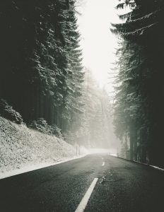 Avoid these 6 Mistakes for Driving in Snow and other winter road conditions. These winter driving safety tips will help you avoid accidents and arrive to begin ant family adventure