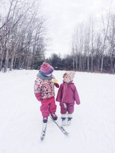 Cross country skiing as a family is a great winter activity and can be a lot of fun. Here are a few tips to help you get started skiing as a family