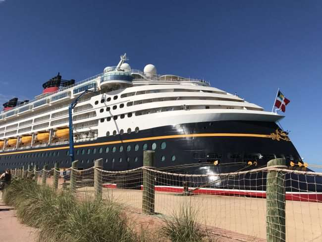 Disney Cruise Line - Disney Wonder in Castaway Cay