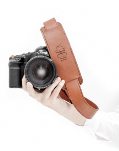 FotoStraps DSLR carry strap - The Best Tech Gifts for Those you Love the Outdoors