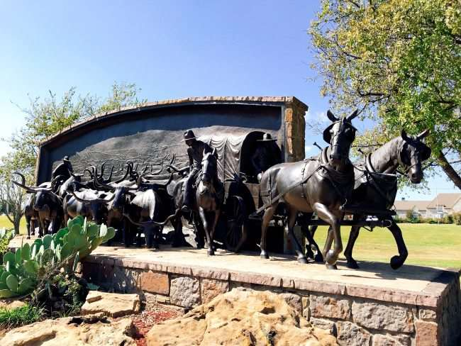 Chisholm Trail Heritage Center statue