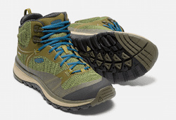 KEEN Terradora Hiking Boot - When you're an active women, you want shoes that are stylish, comfortable, and can keep up with your daily life. Here are my top picks for stylish, yet comfortable shoes for women