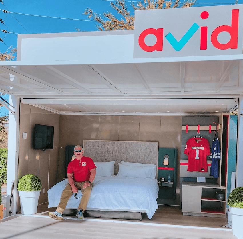 avid hotels pop up experience