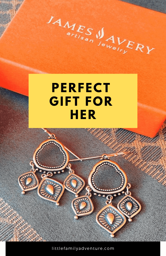 Create A Unique Story with a Gift from James Avery - Each timeless piece is crafted by artisans  to celebrate life #myjamesavery