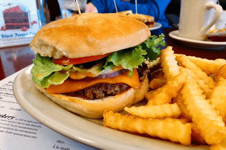 Where to Eat in Maple Grove, Brooklyn Park, & Brooklyn Center (NW Minneapolis)