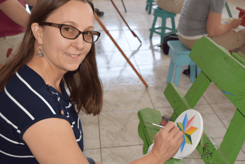 Hand painting workshop in Sarchi