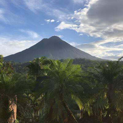 10 Adventurous Things to Do Near Arenal Volcano, Costa Rica