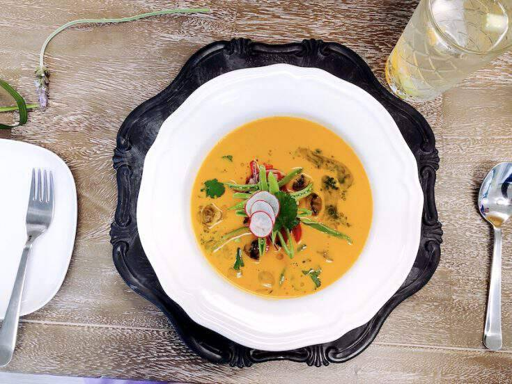 Easy Thai Coconut Soup (Vegan, Keto, Whole30)