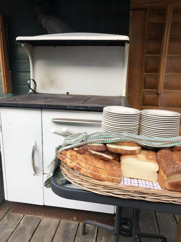 wood stove bread basket