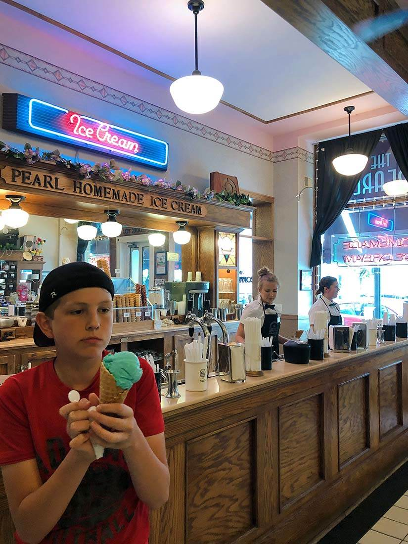Pearl's Ice Cream Parlor