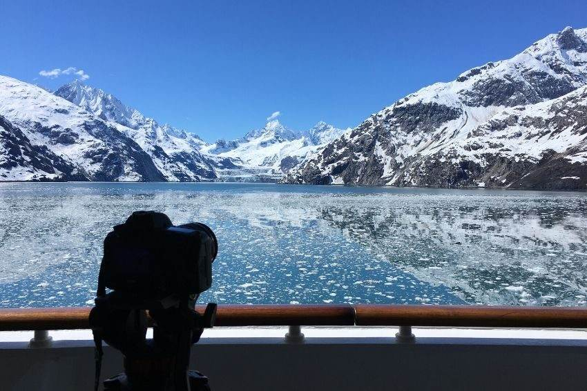 Alaskan glacier viewing