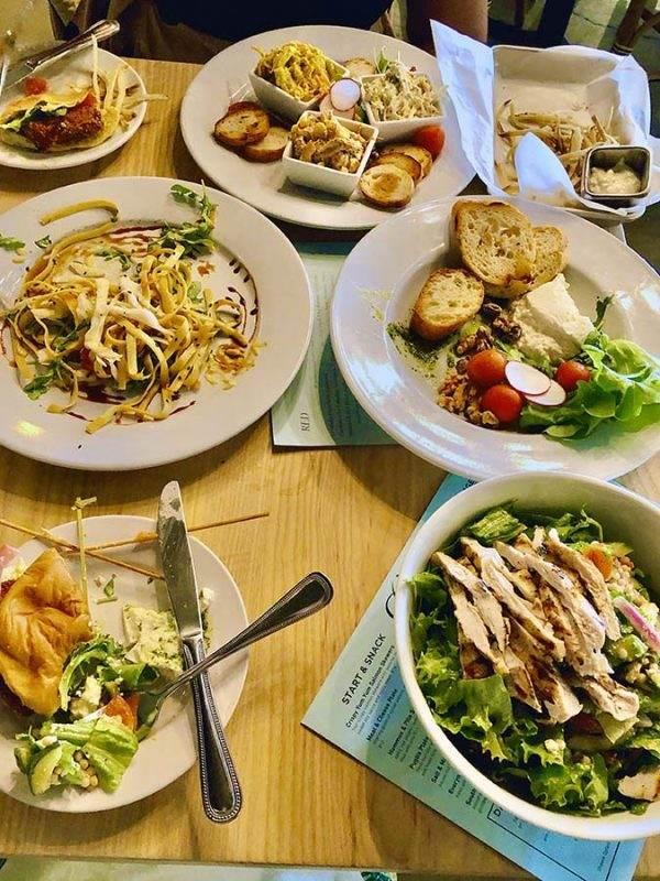 Canteen Market & Bistro food