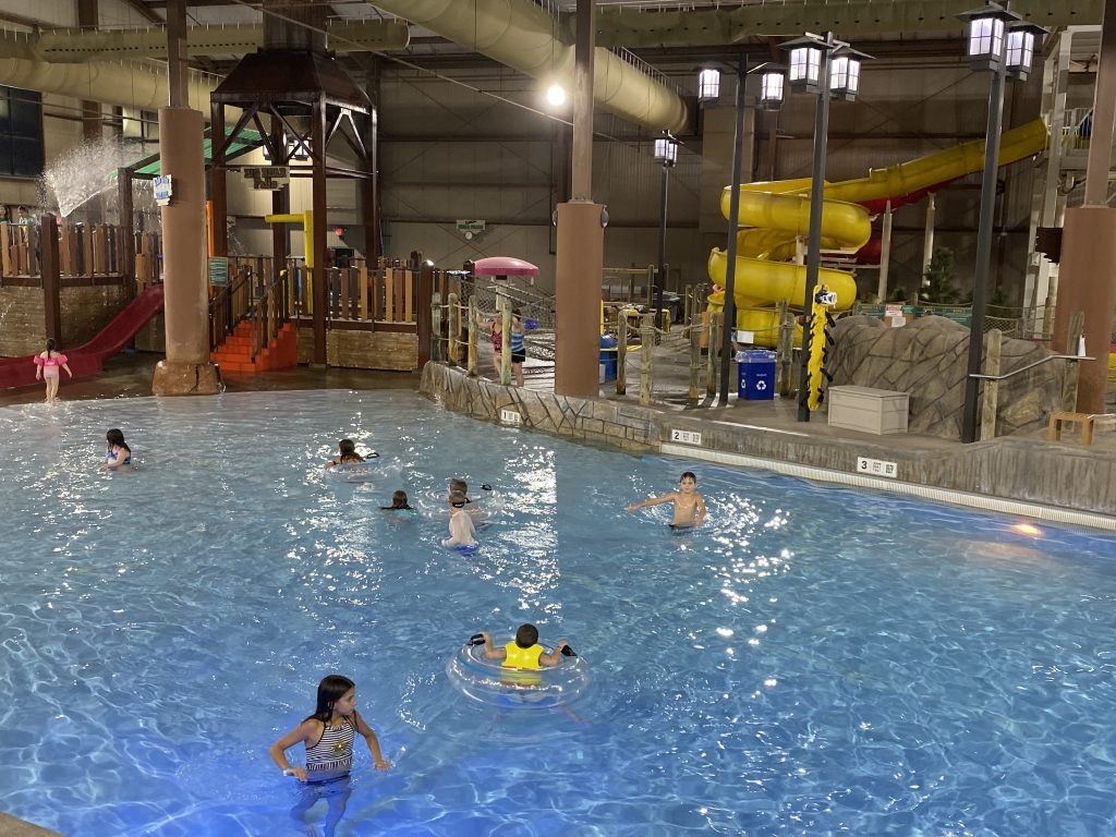 indoor waterpark pool