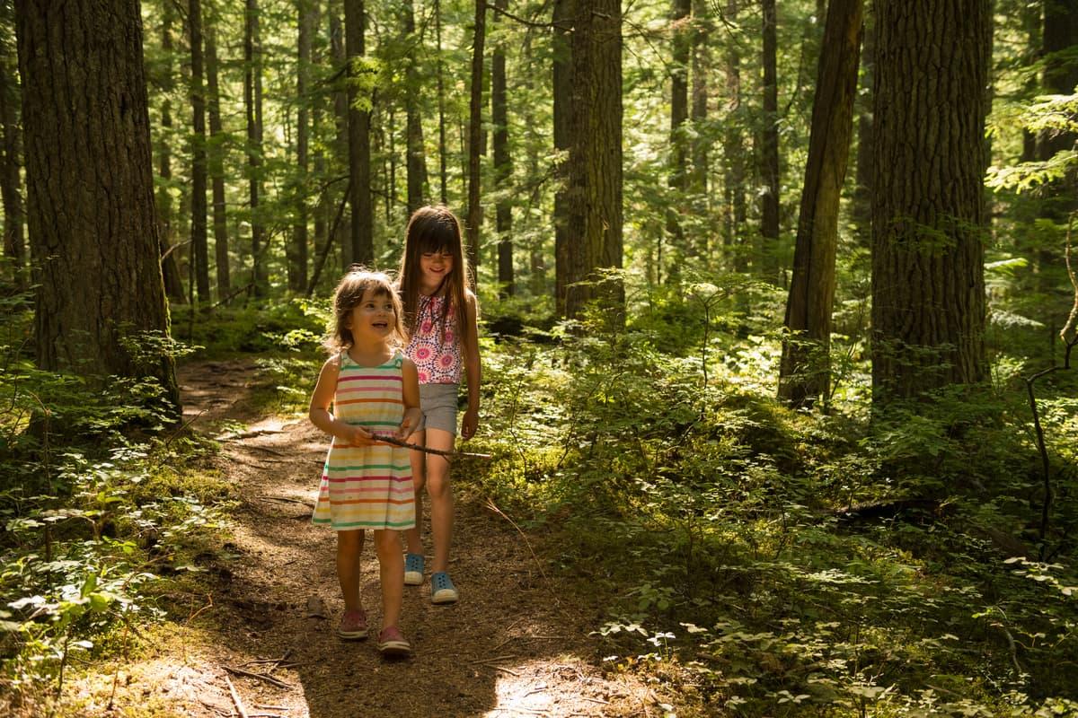 girls hiking - Whistler BC
