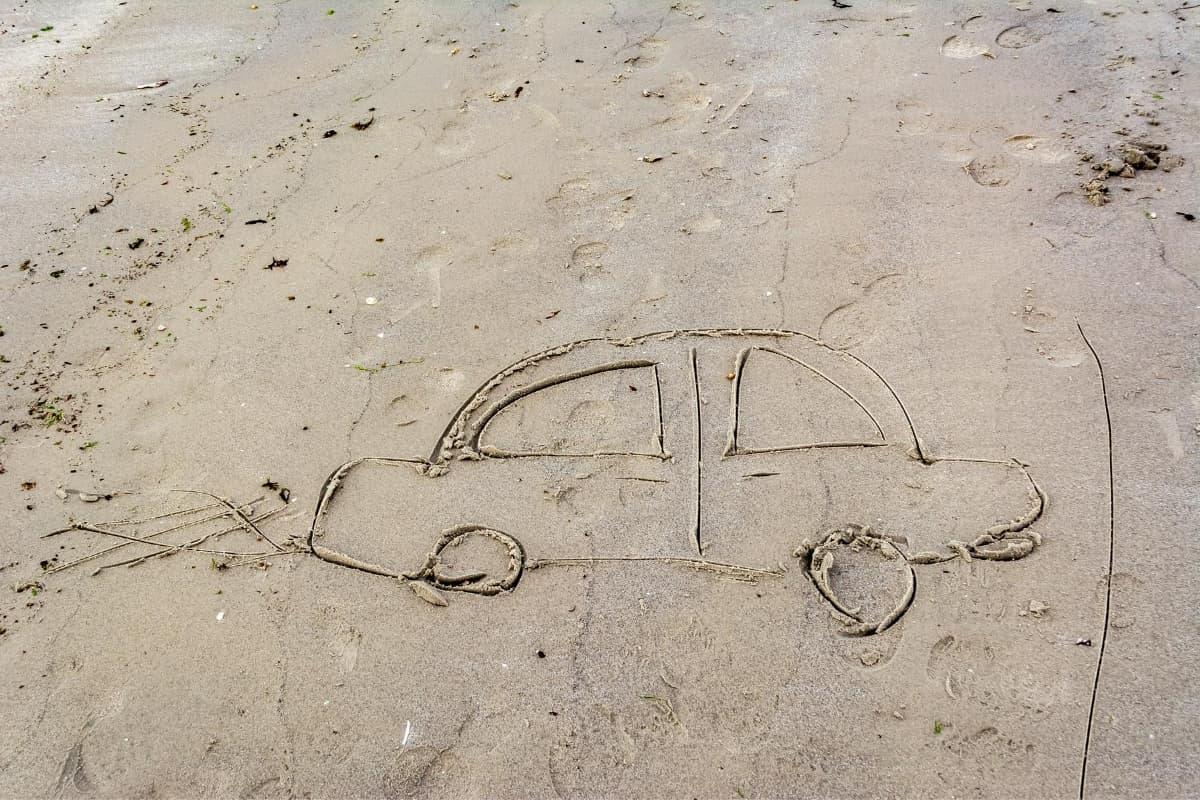 beach drawing of a car