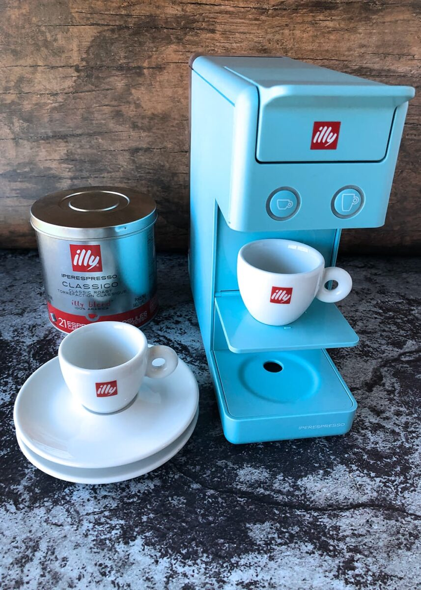 espresso and coffee machine from illy