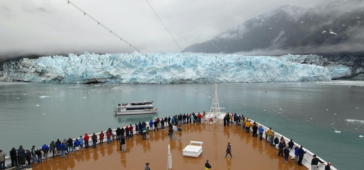 Alaska glacier, cruise ship