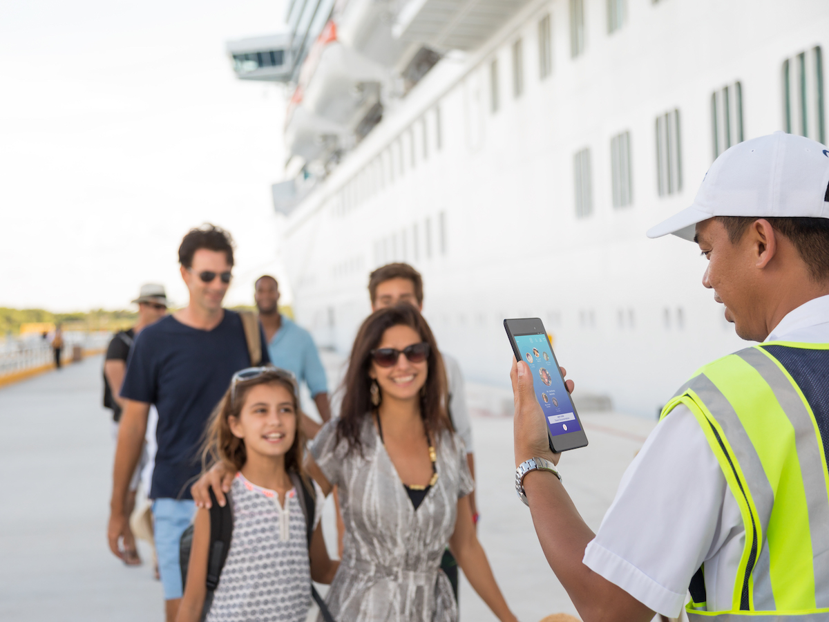 family guests at cruise port