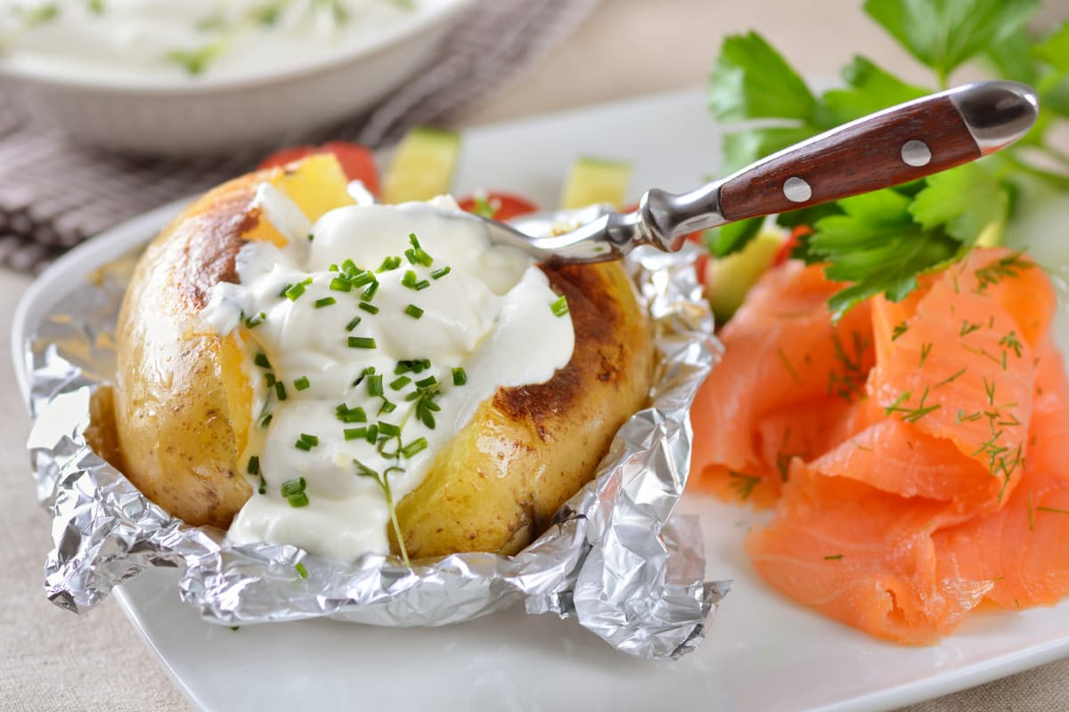 baked potato with lox