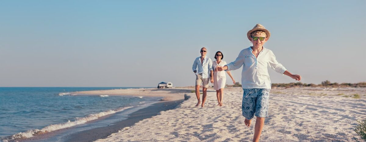 beach family travel
